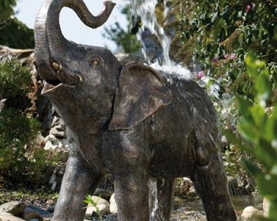 888145_Slink_Baby-Elefant_Bronze-Wasserspiel