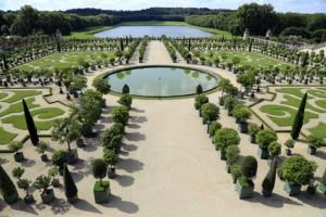 Symmetrische Gartengestaltung Schloss Versailles
