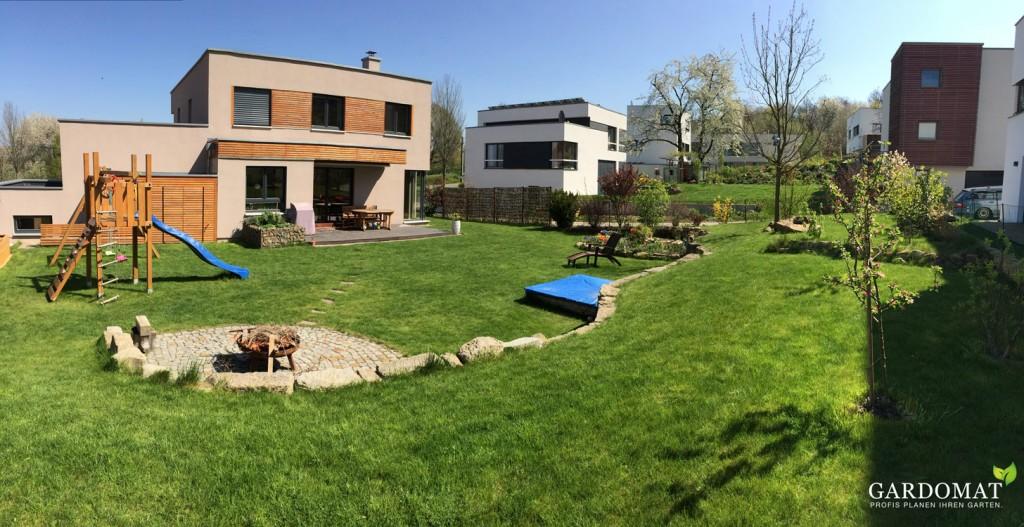 Naturliche Gartenplanung Mit Leichtem Hohenunterschied Gardomat