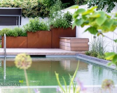 Kies, Holz Und Beton Bei Einer Modernen Gartenplanung
