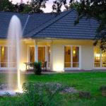 Klassischer Garten mit Wasserspiel