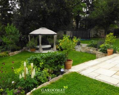 Startbild Gartenebenen mit Pavillon und Bepflanzung